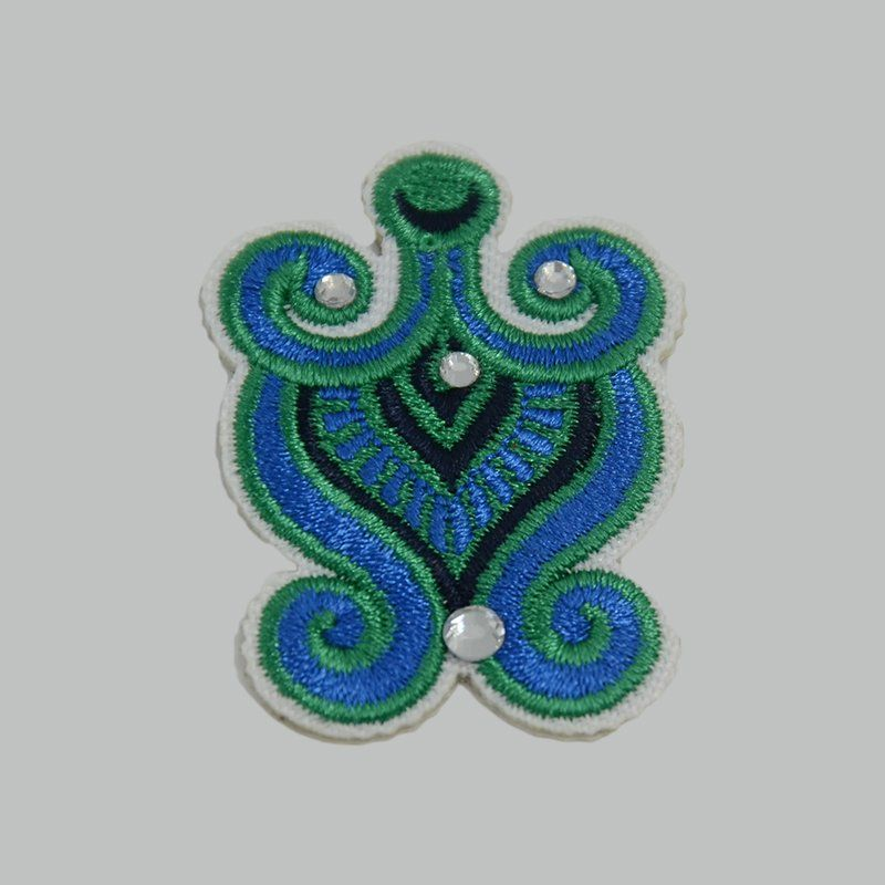 Custom iron on rhinestone applique sew on embroidered patches for jeans