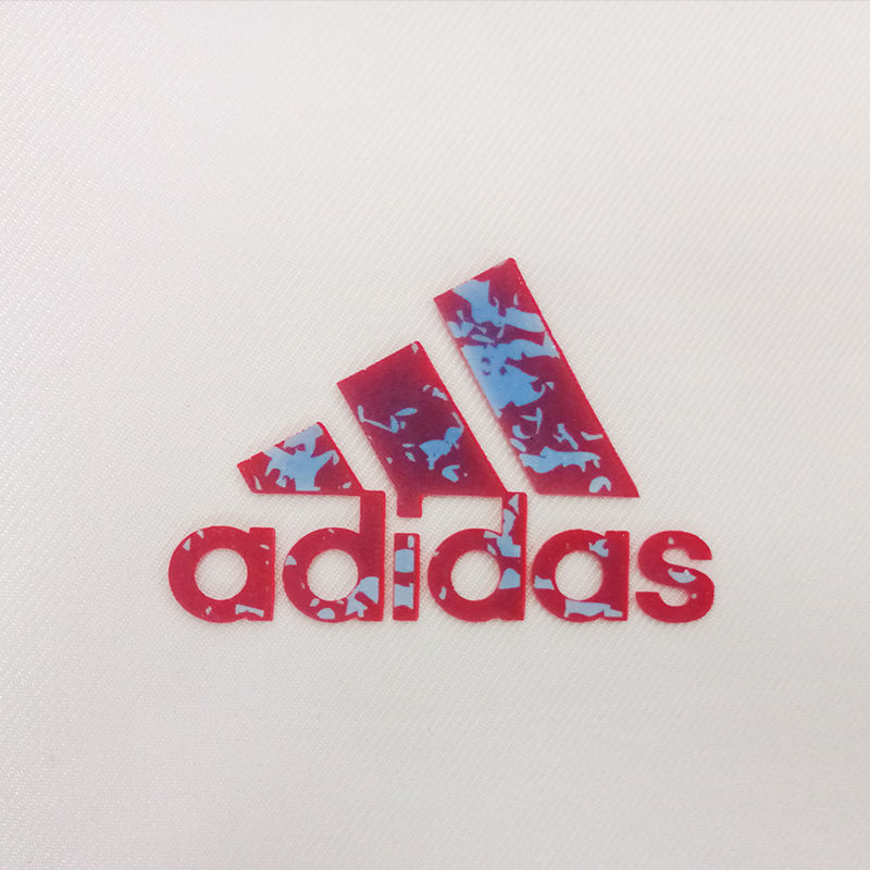 Custom sports brand designs 3d thermo color change silicone rubber heat transfer